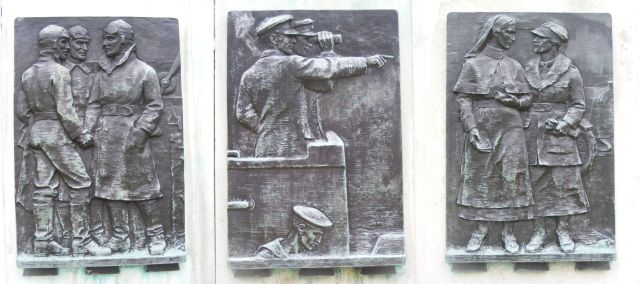 war memorial three sides